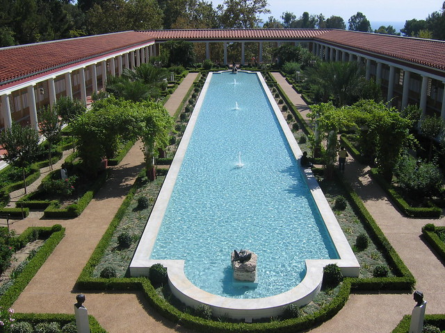 Long pool fountain at the getty villa a bit too beverly hi flickr photo sharing for Beverly hillbillies swimming pool