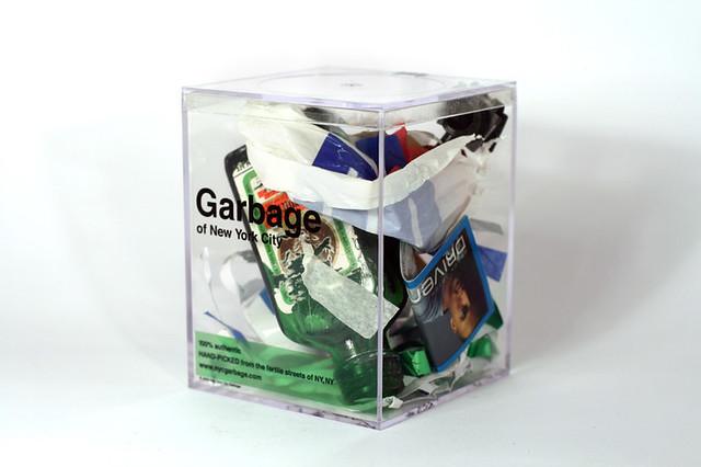 Yankees Parade Garbage • 4