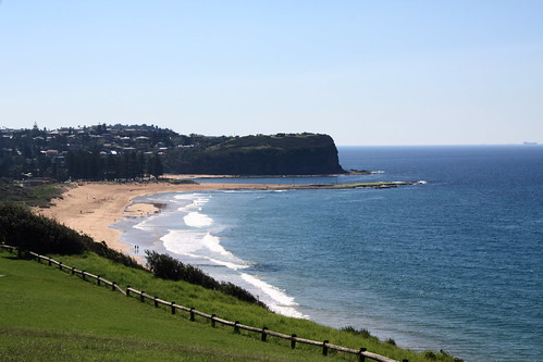 184_5631  Narrabeen Lakes entrance & Narrabeen Head