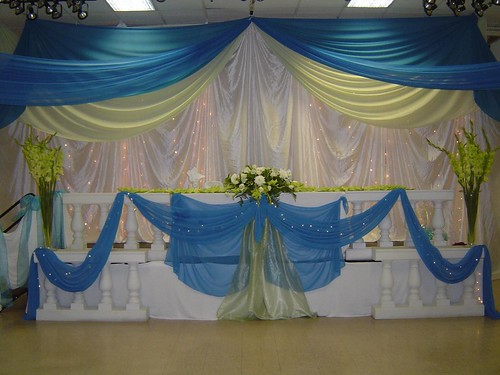 Do it yourself wedding reception table decoration photograp for Do it yourself table decorations