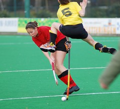 stick and ball games(1.0), sports(1.0), team sport(1.0), hockey(1.0), field hockey(1.0), player(1.0), ball game(1.0),