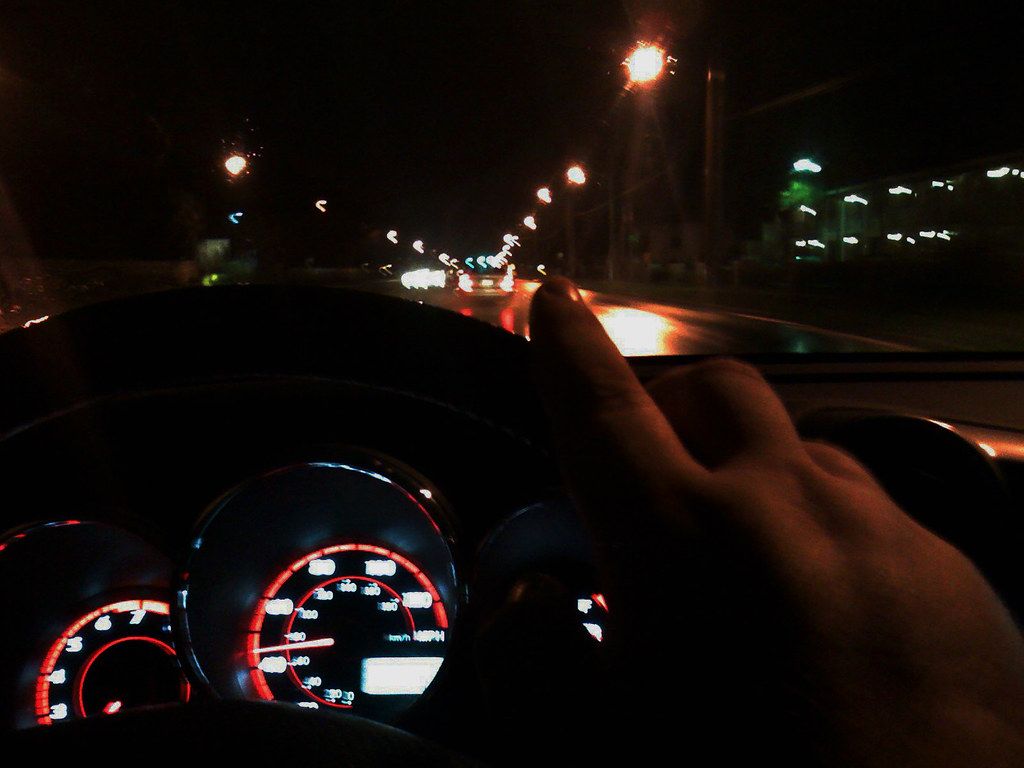 how to drive a car at night