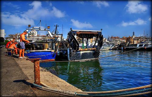 camp port puerto boat mar fishing fisherman barco harbour catalonia catalunya pesca cambrils hdr cataluña tarragona mediterráneo pescador vaixell catalogne mediterrani mediterrània baix sigma1020 sonya100 seracat