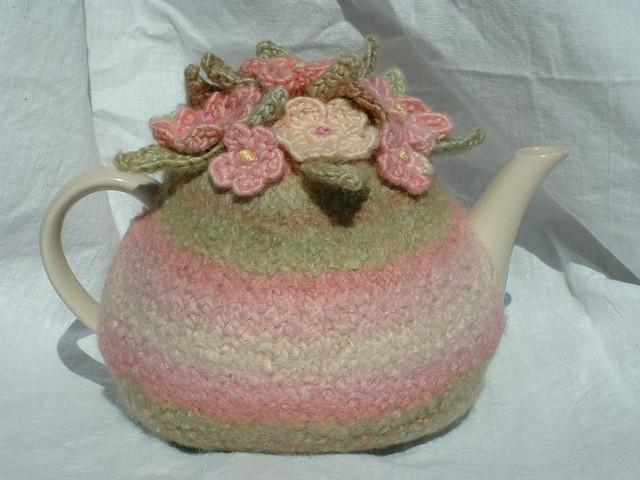 Shabby Chic Tea Cosy, Fujifilm FinePix2650