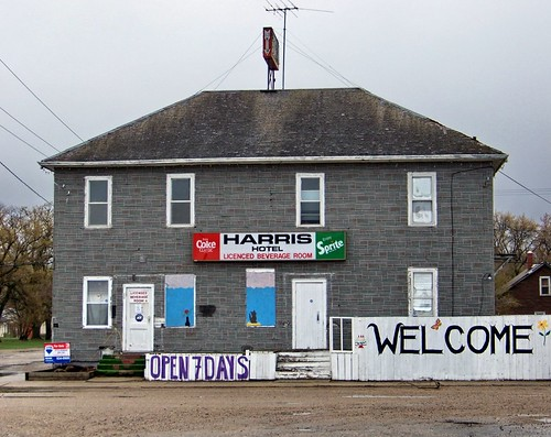 blue red white canada color colour building green sign grey hotel sprite cocacola sk harris saskatchewan 2010 canadagood thisdecade