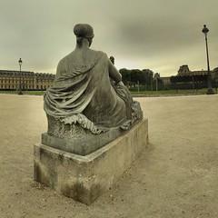 Paris - Jardin du Carrousel - Maillol - Monument aux morts de Port-Vendres - 08-07-2007 - 7h25