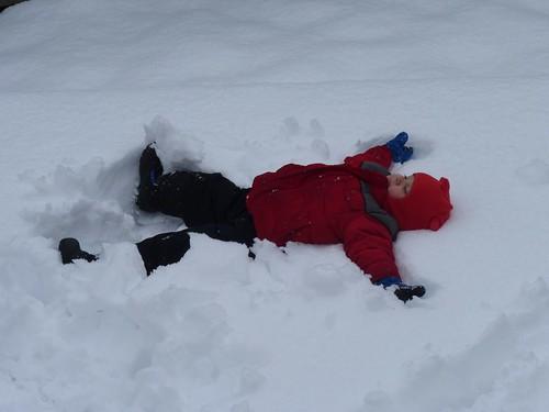 20100425 snow day - 03
