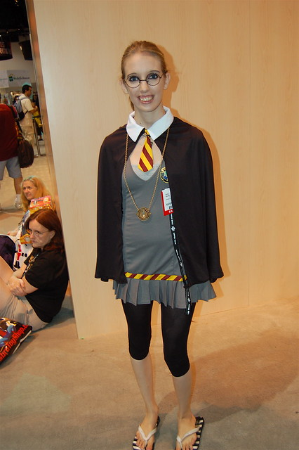 Comic Con 2007: Hogwarts School Girl | Flickr - Photo Sharing!