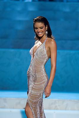 2006  Picture Singapore Universe on Miss Universe 2006 Zuleyka Rivera Mendoza Miss Universe 2006