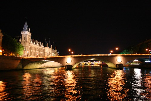 Cruise on the Seine
