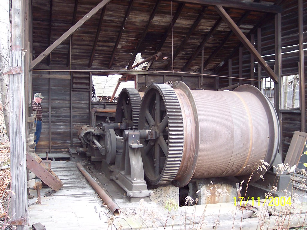 Slate quarry hoisting engine