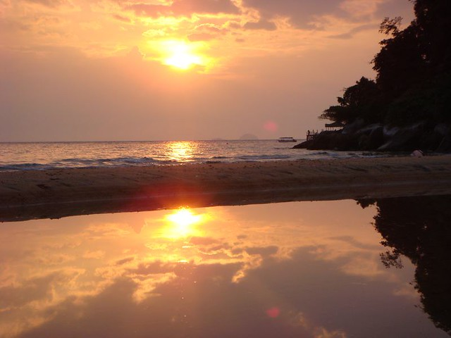 A sunset to remember...Tioman Island - July 2007.