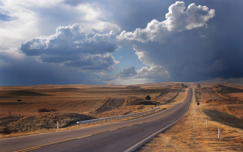 Extremadura invierte 2,4 millones de euros en la mejora de carreteras