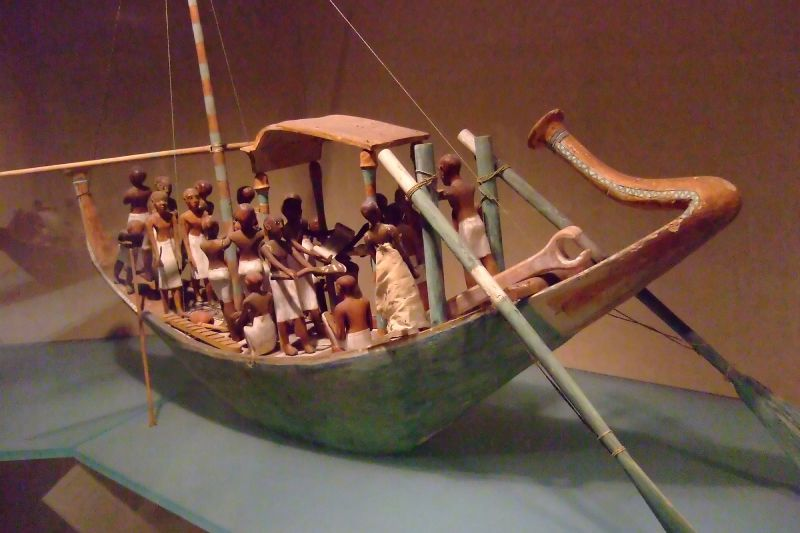 Funeral boat sailing Dynasty 12 early reign of Amenemhat I tomb of Meketre 1981-1975 BCE (1)