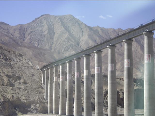 格尔木   青藏铁路