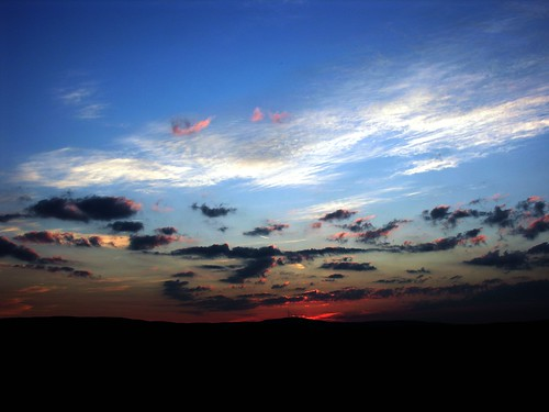 sky cloud sunrise germany landscape dawn himmel wolke thuringia landschaft sonne tvtower sonnenstrahlen cloudysky wolkig bewölkterhimmel picturewithmusic