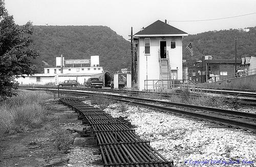 railroad tower structure csx baltimoreohio