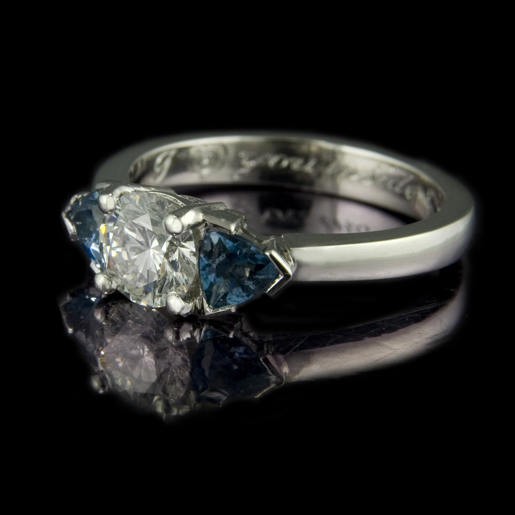 Brilliance Wedding Rings 57 Fabulous Brilliant diamond with trilliant