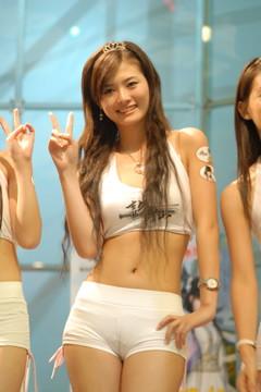 2 hot girls 1017 - 2 1