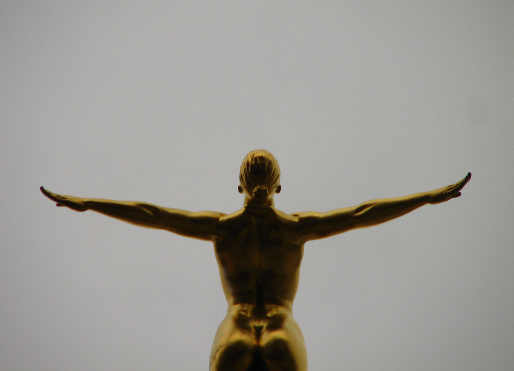 Piccadilly Gold Statue - 2