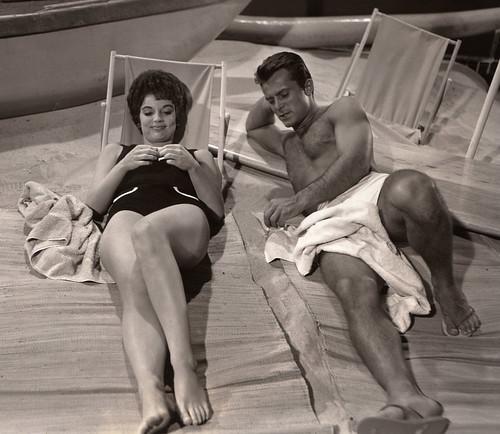 Hawaiian Eye TV Show Robert Conrad 1961