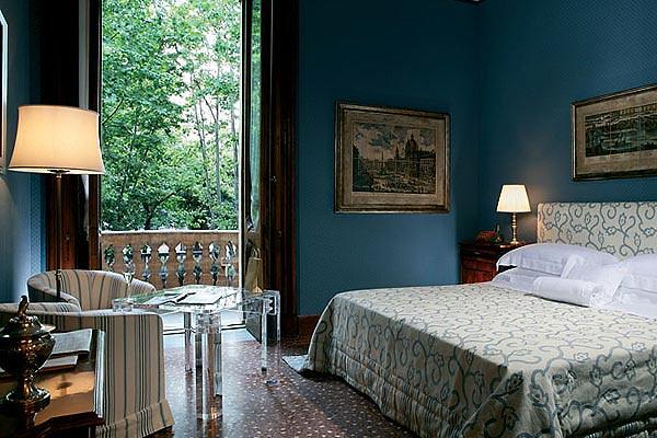 Villa Spalletti Trivelli, Rome, Italy, Bedroom