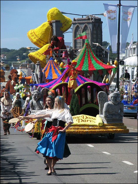 Parish of St Saviour float - Notre Dame de Paris
