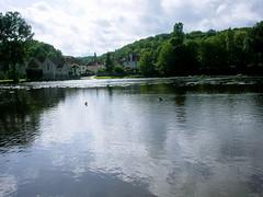 The mill pond on the Garetempe, Saint-Pierre-de-Maille - Photo of La Puye