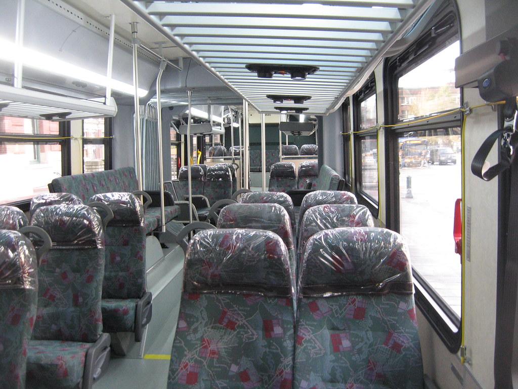 Sound Transit 2010 New Flyer DE60LFR interior (9645K)