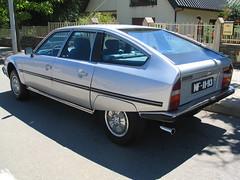 executive car(0.0), sedan(0.0), sports car(0.0), automobile(1.0), automotive exterior(1.0), vehicle(1.0), compact car(1.0), citroã«n cx(1.0), citroã«n gs(1.0), land vehicle(1.0), luxury vehicle(1.0),