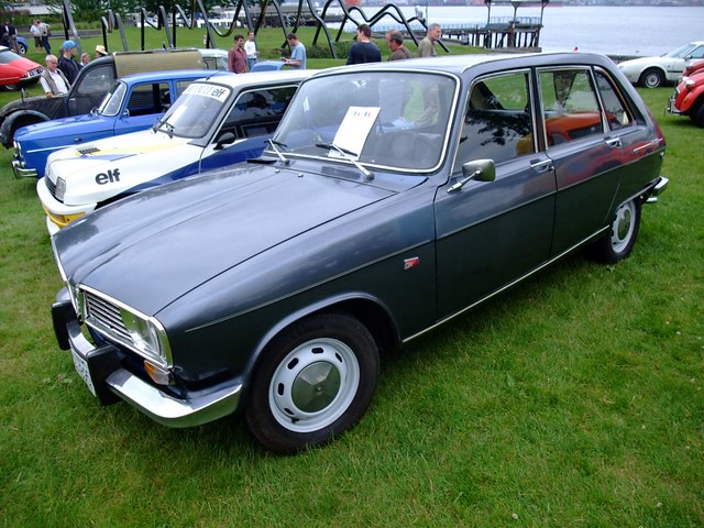 1970 renault 16ts the renault 16 is a car with an at. Black Bedroom Furniture Sets. Home Design Ideas