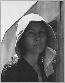 Edison, Kern County, California. Young migratory mother, originally from Texas. On the day before th . . ., 04/11/1940