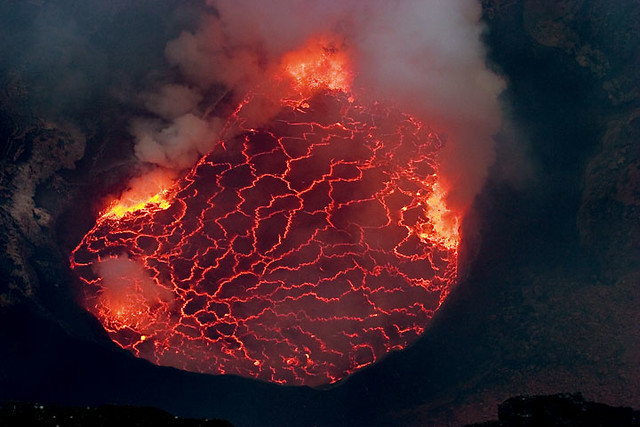 Nyiragongo volcano's lava lake
