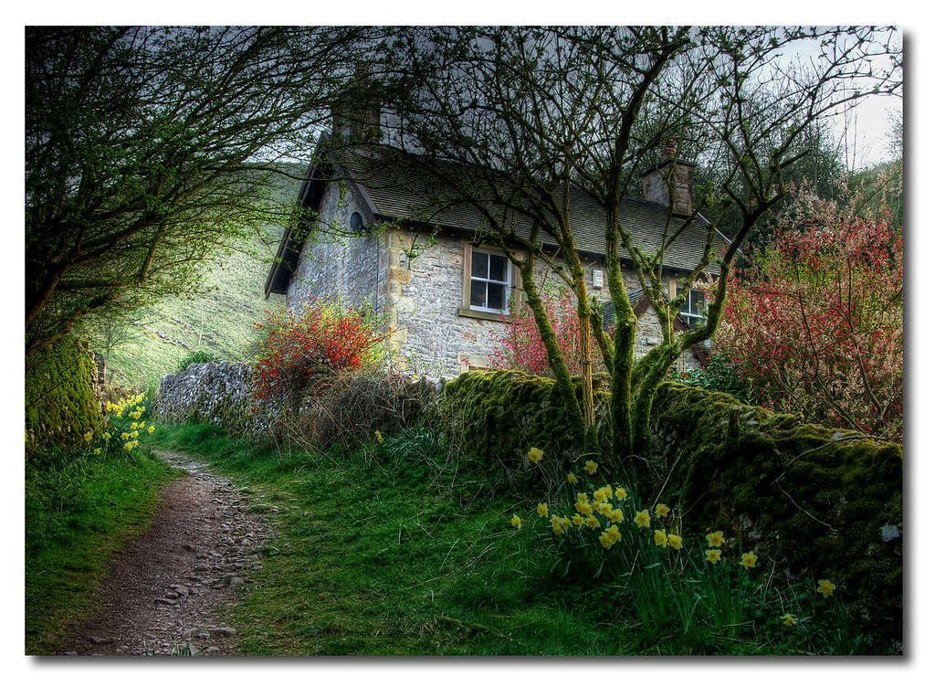 Cottages anglais my gardening tales for Papier peint cottage anglais