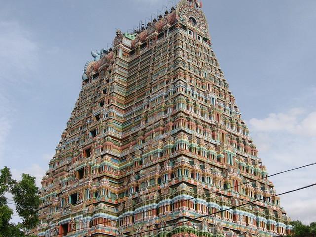 767010404 e35de343c4 z - Los templos Vímana en la India