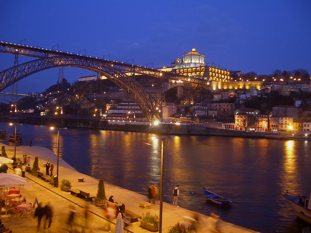 A midnight in Porto