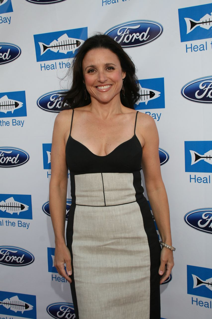 Julia louis-dreyfus naked hentai video