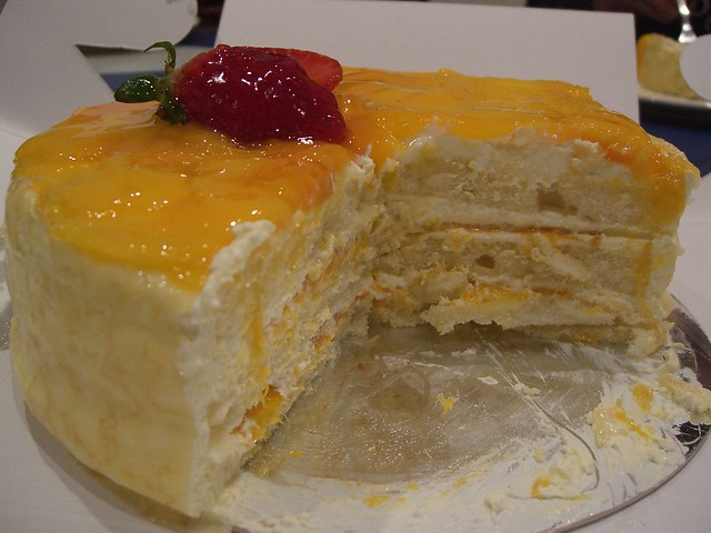 Japanese Mango Cake Recipe: Mango Sponge Cake - Bread Top