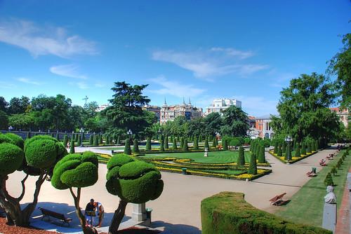 Madrid jardin del parterre parque del retiro a photo for Cafe el jardin madrid