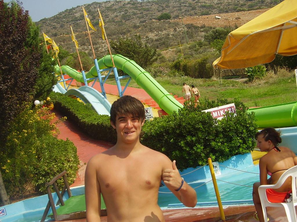 Daniel in Aqua Plus
