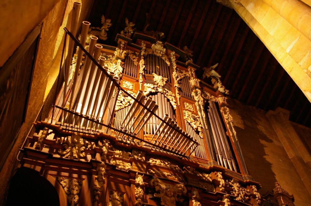 how to say musical instruments in spanish