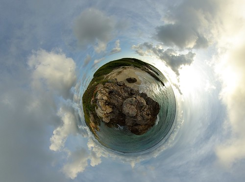 ocean sea panorama sun mer beach sunrise island soleil sand sandy tripod sable gimp projection level plage 360° leverdesoleil île océan stereographic hugin enblend tintamarre mathmap stereographicprojection 303sph s130 cartespostales1 selection5 selection6 selection7
