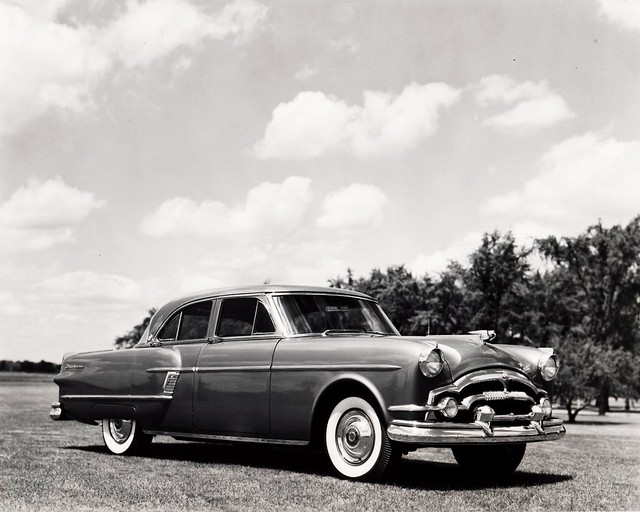1954 Packard Patrician http://www.flickr.com/photos/autohistorian/5186366904/
