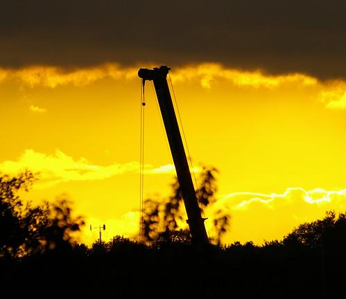 sunset sky sun black silhouette yellow neck long sonnenuntergang crane head steel himmel gelb giraffe sonne kran schwarz tier hals stahl kopf