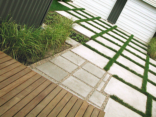 ipe deck, grass and grid