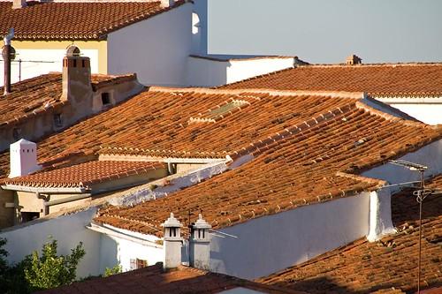 sunset red urban españa canon landscape atardecer eos 350d spain rojo rooftops huelva tejado teja aracena fuenteheridos