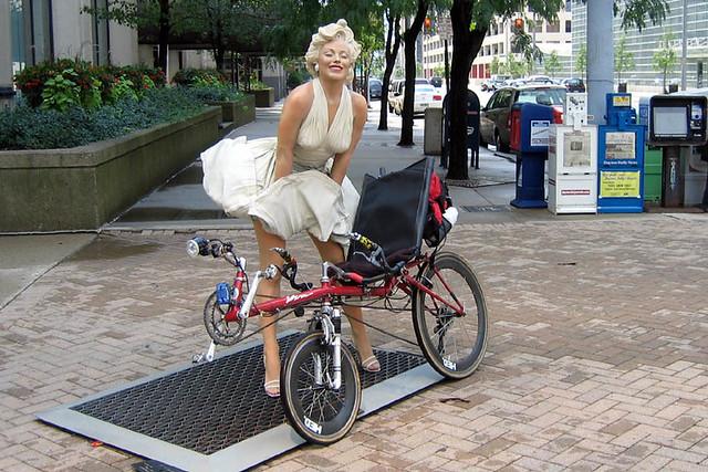 Cycling - City Life - Marilyn 002