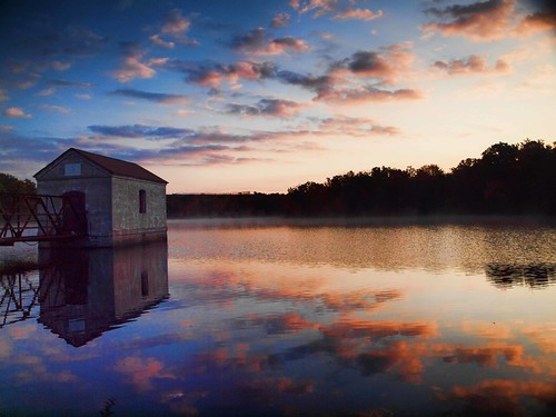 lake landscape scenic olympus pumphouse topaz 1442 e620 topazadjust4 dunmorereservoir