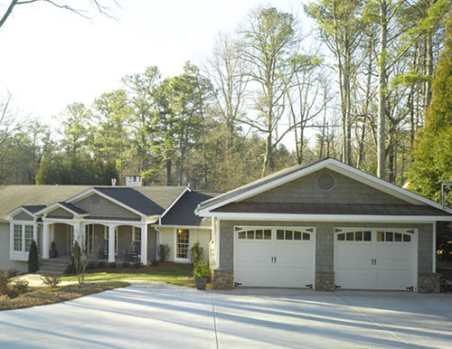 Are ranch style homes not popular in atlanta vinings for Brick ranch home additions