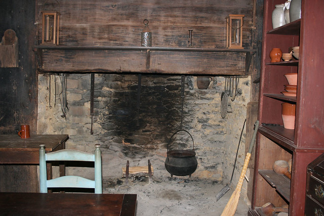 Fireplace at Allen House | The fireplace in the Allen House … | Flickr
